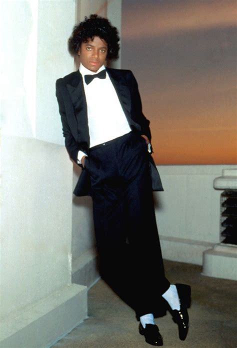 Pin by BERNADETT BALAZS on Michael Jackson in 2020 (With