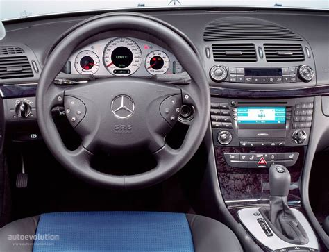 MERCEDES BENZ E 55 AMG (W211) specs & photos - 2002, 2003