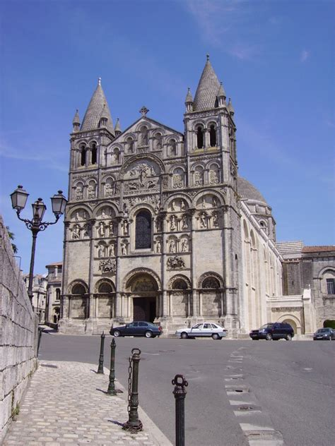 Angouleme Cathedral, Angouleme, France Tourist Information