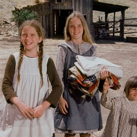 Little House on the Prairie – Country Girls – Laura Meets