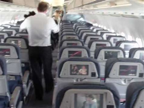 Air Canada's A319 Economy Class Cabin - YouTube
