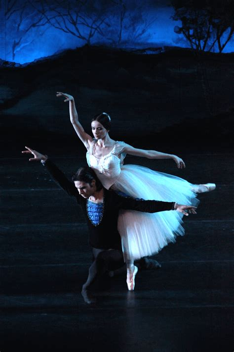 """Giselle · """"Russian National Ballet Theatre"""""""
