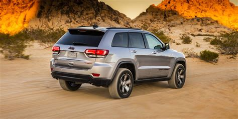 2017 Jeep Grand Cherokee pricing and specs - photos