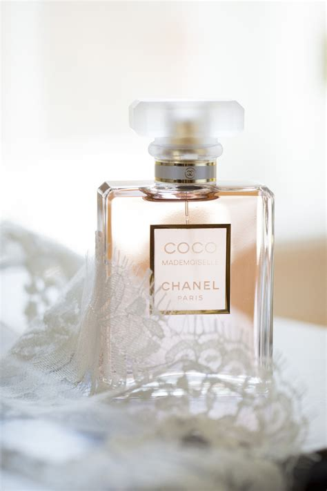 Pick Your Wedding-Day Fragrance! 10 Most Loved Bridal