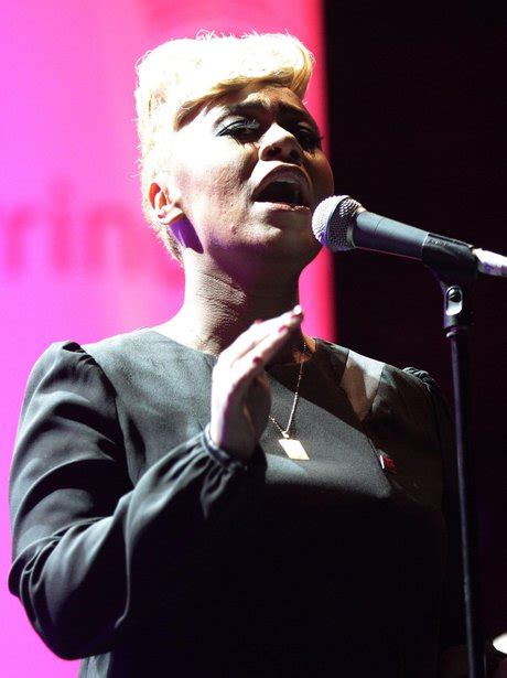 Emeli Sande's Performs Songs From Her Debut Album 'Our